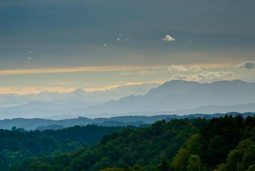 autumn sunset japan fog september niigata crazyshin 松代 十日町 2011 nikond200 棚田 星峠 afsnikkor28300mmf3556gedvr 201109042000145