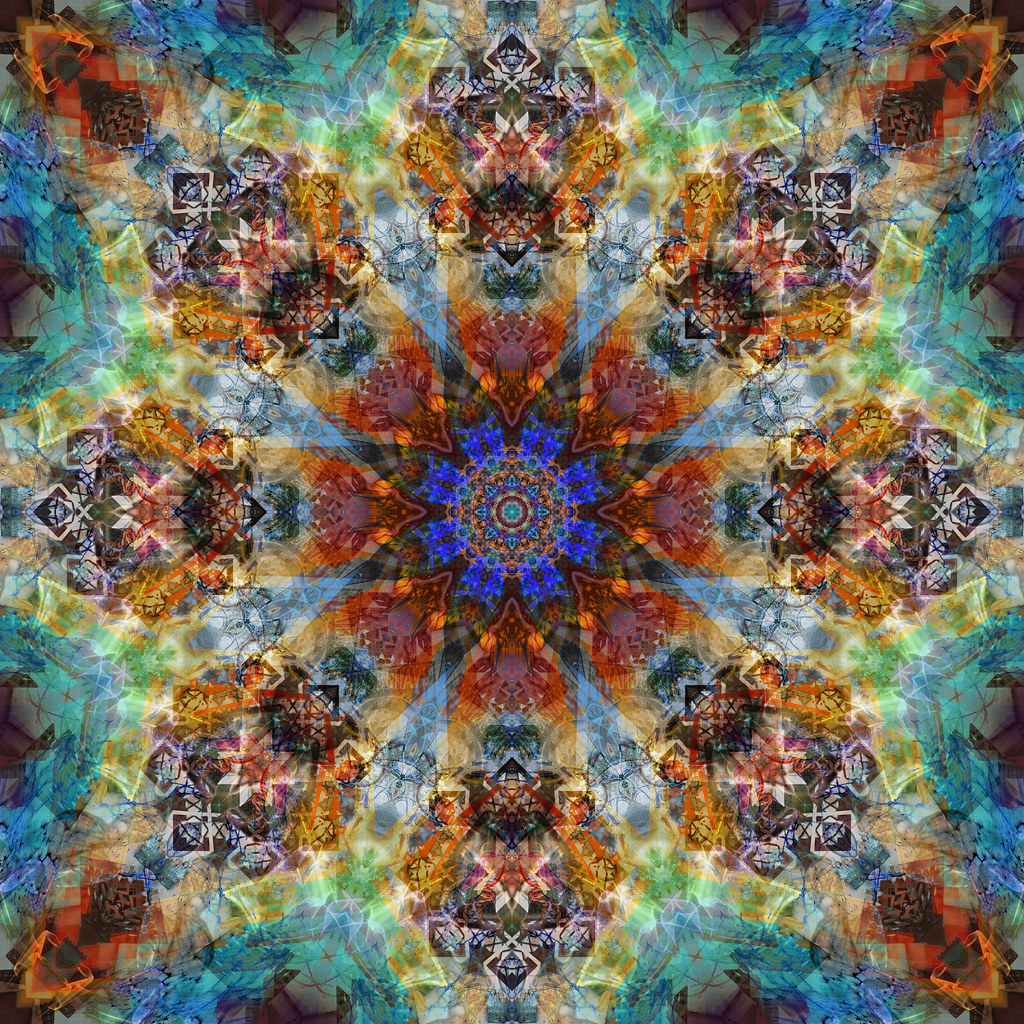 Mandala One Hundred Thirty - Deco Echo