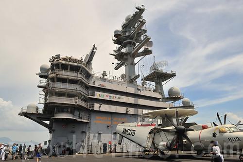 美國最大航空母艦訪港 探秘「雷根號」