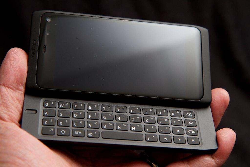Reggie - N950 Nokia Suplido Front Flickr