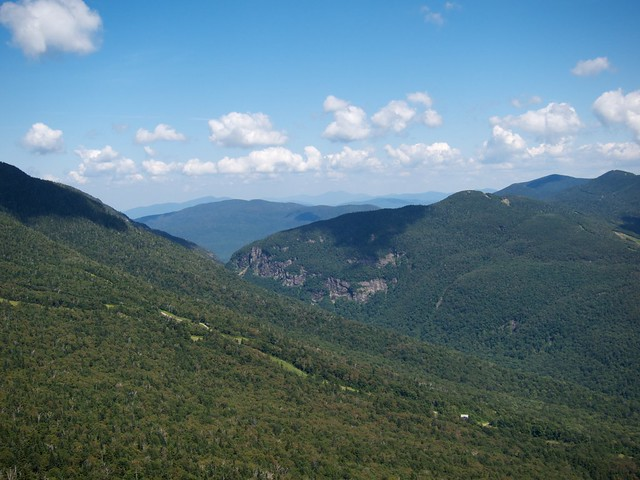 3:14:22 (75%): vermont hiking mtmansfield greenmountains smugglersnotch haseltontrail