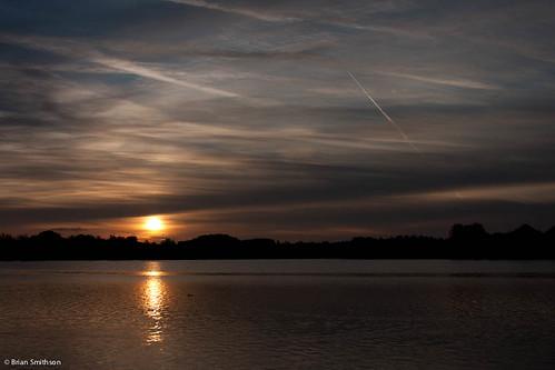 sunrise photography contrail miltonkeynes furztonlake briansmithson