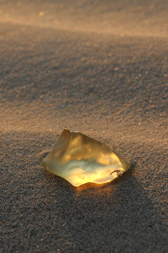 Libyan Desert Glass | Most likely formed by meteoritic impac