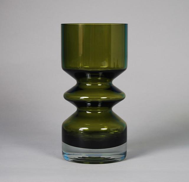 Riihimäki Green Glass Vase Designed by Tamara Aladin 8''