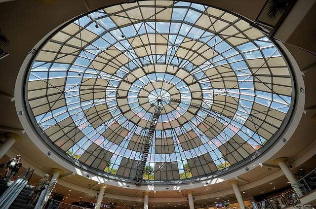 Lichtkuppel im Einkaufszentrum