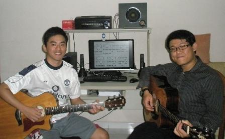 Beginner guitar lessons Singapore Samuel