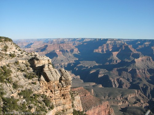 Views westward from Mather Point shortly after sunrise, Grand Canyon National Park, Arizona