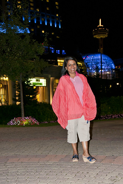 Niagara Falls - Marita, on Pedestrian walkway