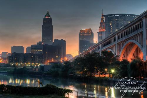 bridge ohio favorite skyline sunrise river dawn cityscape cleveland flats cuyahoga oh portfolio 2x3 detroitsuperior veteransmemorial terminaltower alep justicecenter