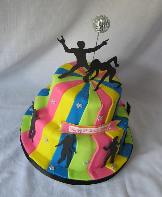 Dancing silhouettes 2-tier