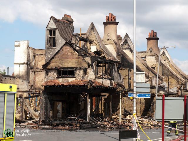 Croydon looting and riot damage (37 of 72).jpg