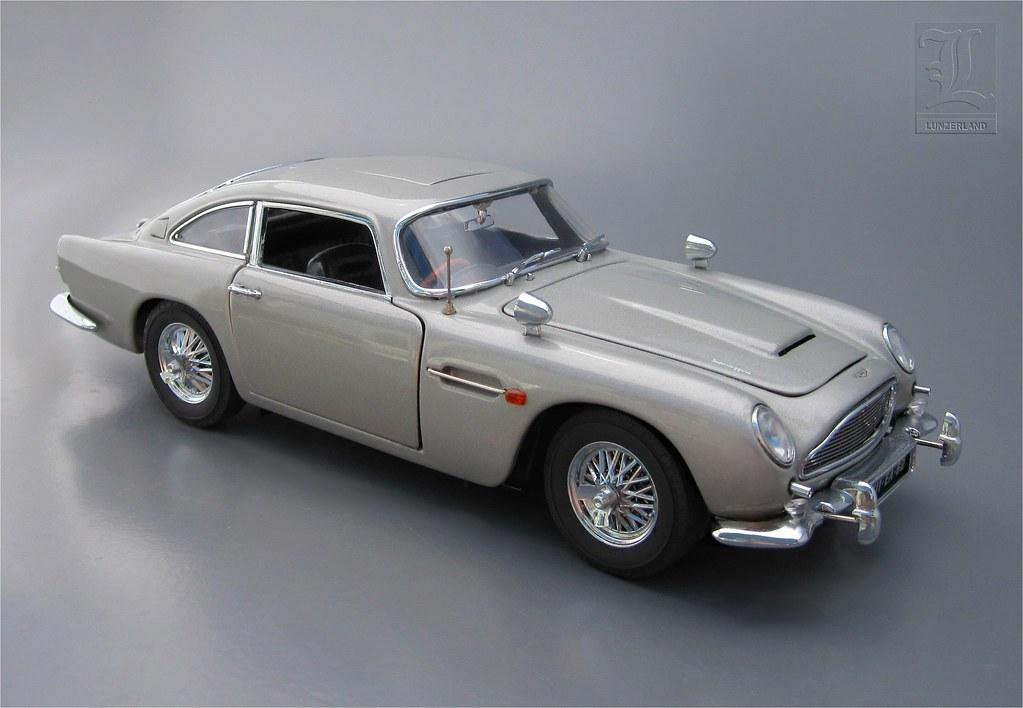 James Bond 007 1 24 Scale Die Cast Aston Martin Db5 By D Flickr