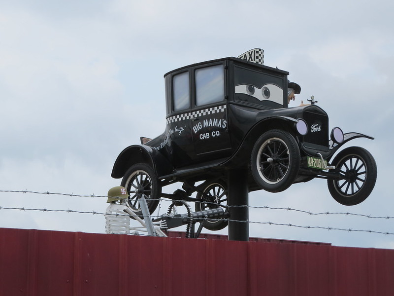 3-08.  Fred's Flying Circus - Big Mama's Cab Company - Grand Island, NE (08-22-15)