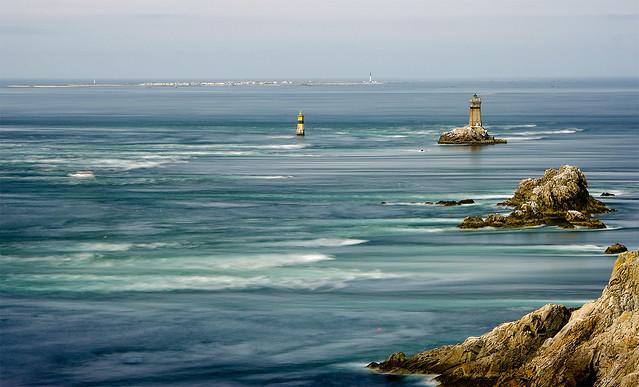 La marea imparable / The tide is flowing