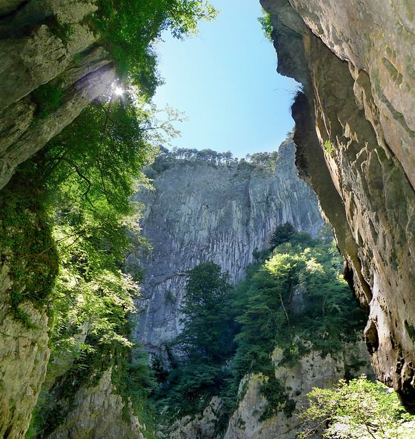 Fascinating depth of the 163 meter Velika dolina Sinkhole