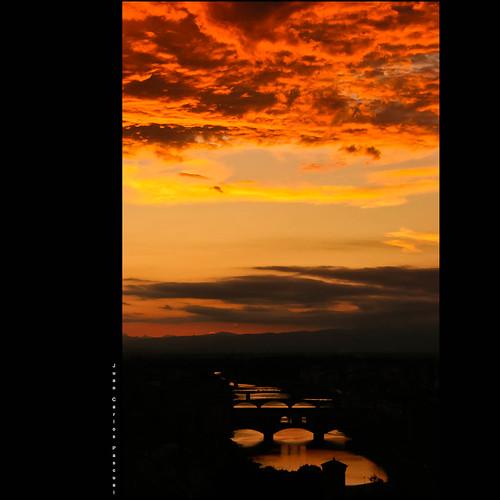 luz río puente atardecer agua italia nubes florencia nocturna puestadesol rizzo asquaresuperstarstemple