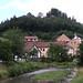 Řeka Brumovka, chátrající pivovar a věže hradu, foto: Petr Nejedlý