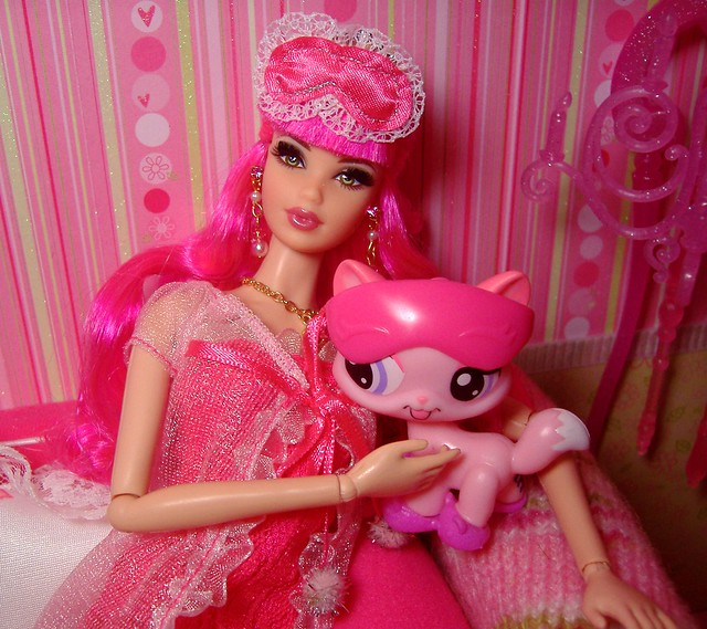 Rosalie & LPS pink kitty #2
