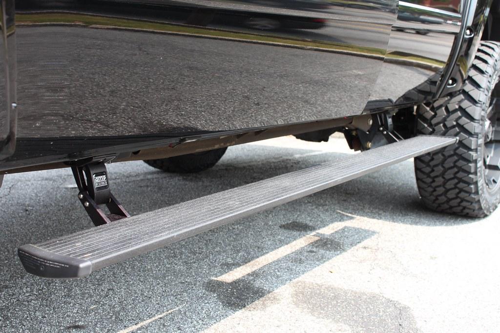 Car Tunes Atlanta: Aamp Research Motorized Step Bar