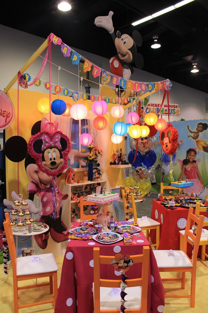 Mickey Mouse Clubhouse Birthday Party Theme