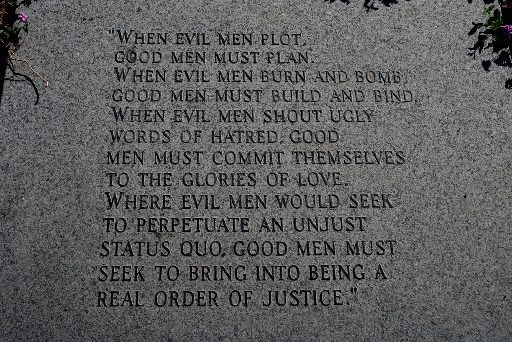 "Martin Luther King Quote ""When Evil Men Plot"", MLK Promena… 