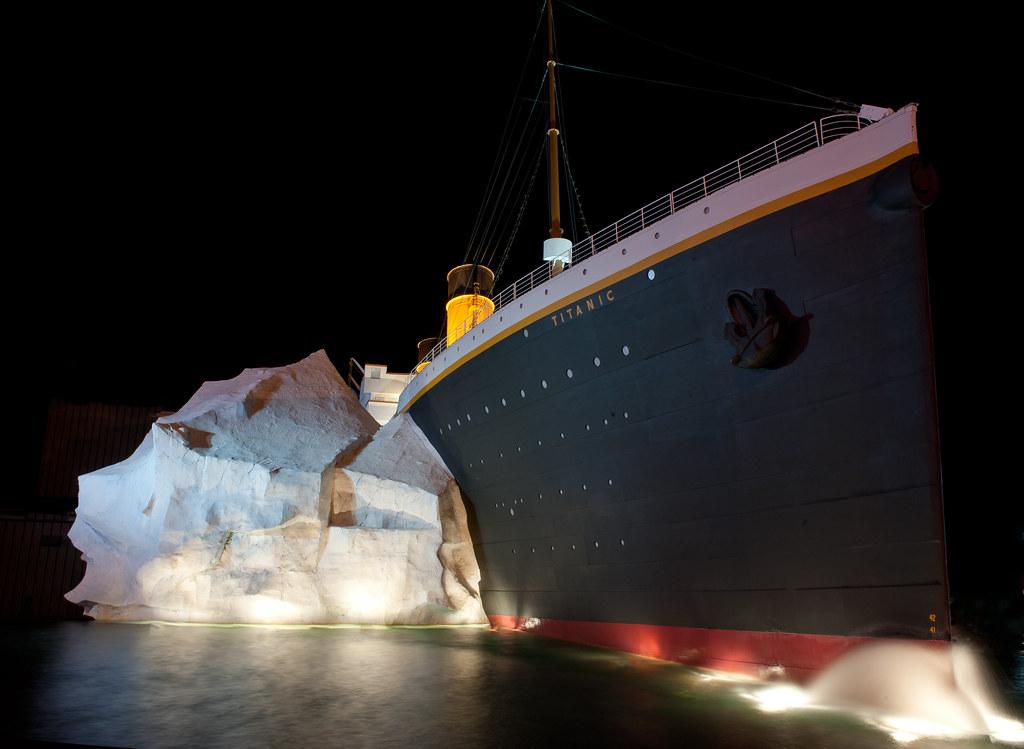 Titanic Tennessee en 2010 6035396784_ab6e0f31a6_b