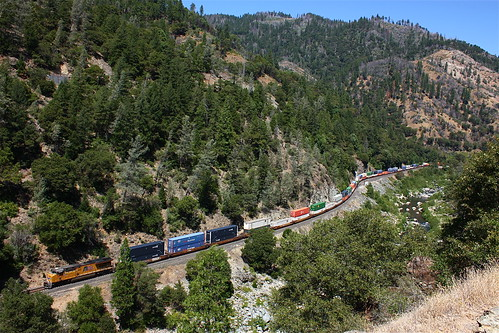 california railroad mountains river union trains canyon unionpacific pulga stacks detour featherrivercanyon intermodal kmnoad