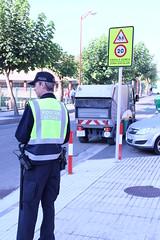 Agente en la zona escolar de Ongarai