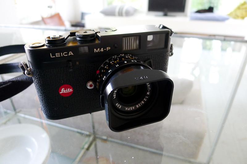 leica-m4p-1 | I <3 my black chrome M4-P with 28mm ASPH elmar