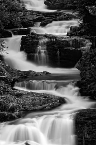 longexposure summer blackandwhite franklin waterfall highlands july northcarolina cullasaja cullasajafalls niksoftware highlandsroad silverefexpro andrewvernon nikond300s