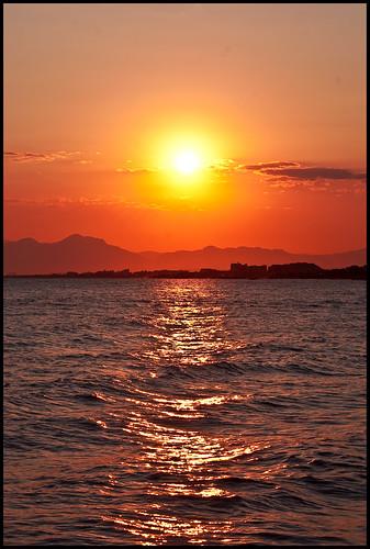 voyage sunset sea sun mountain mountains water clouds turkey mediterraneansea akdeniz belek turkishriviera voyagebelek