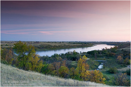 Autumn scene along the South Saskatchewan River | by Branimir Gjetvaj