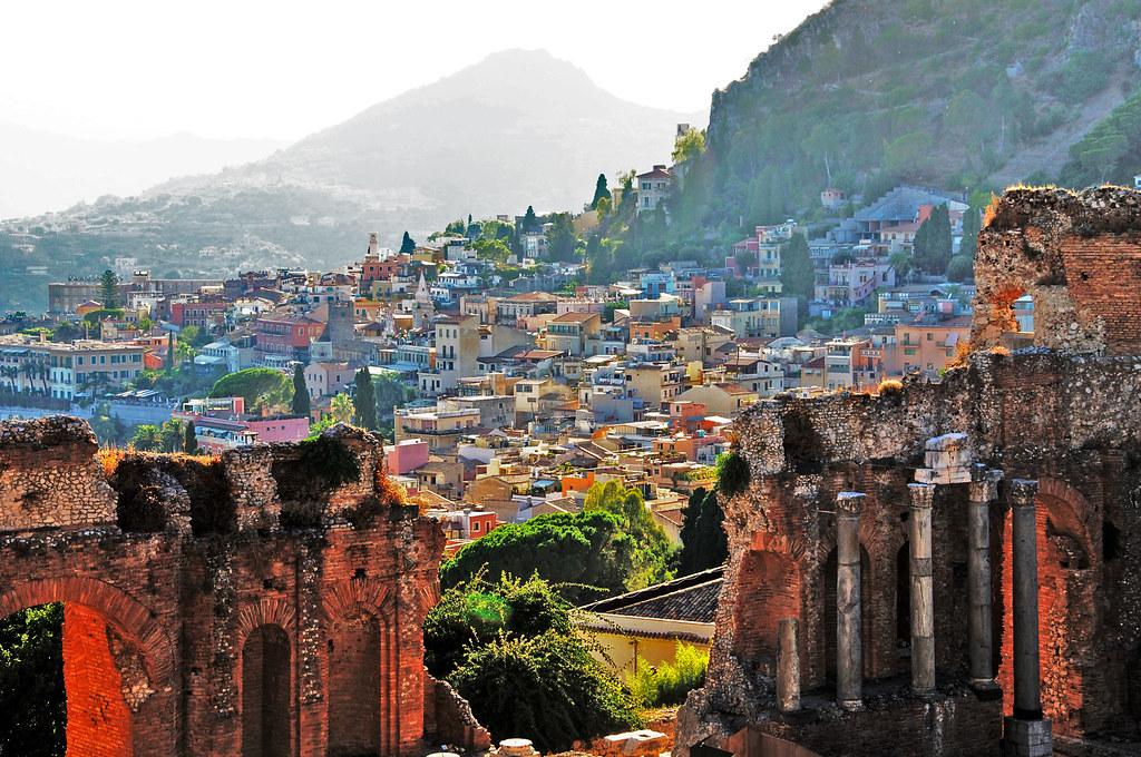 Taormina, Sicily | Luca Volpi | Flickr