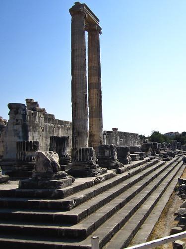 Re-erected Columns, Didyma, Turkey | by Clara S.