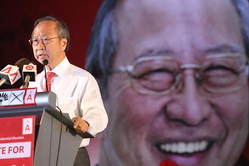 Tan Cheng Bock at his rally, Aug 25