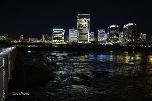 richmondva richmondvirginia richmond jamesriver river nightshot cold cityscape