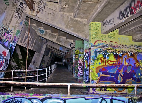 graffiti @ miami marine stadium. | last week i happened to