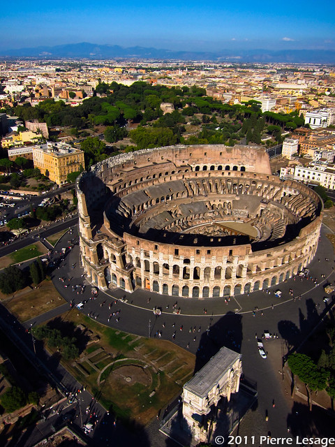 KAP over the Coliseum in Rome with a Canon S95