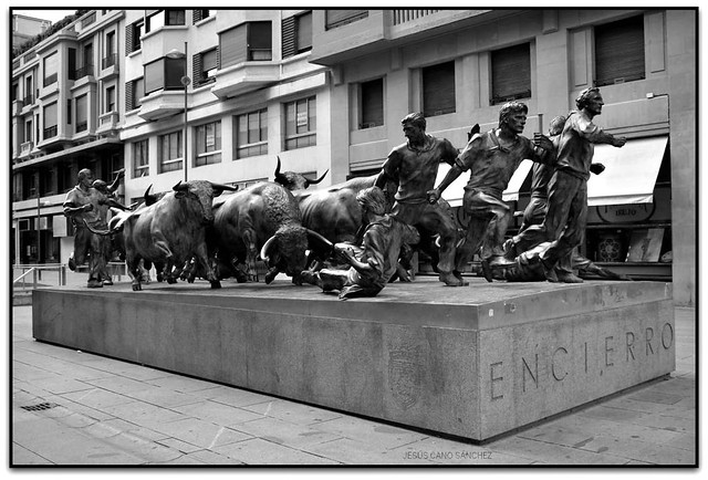 Monumento al Encierro, Iruña (Navarra, España)