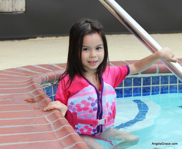 Angela in the Pool 1 023