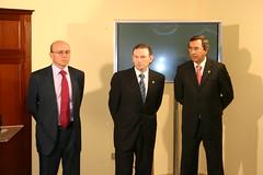 Frontal en la que aparecen el ex-lehendakari Juan Jose Ibarretxe; el gerente Julian Hernando; y Juan Luis Bilbao Diputado Foral de Bizkaia.