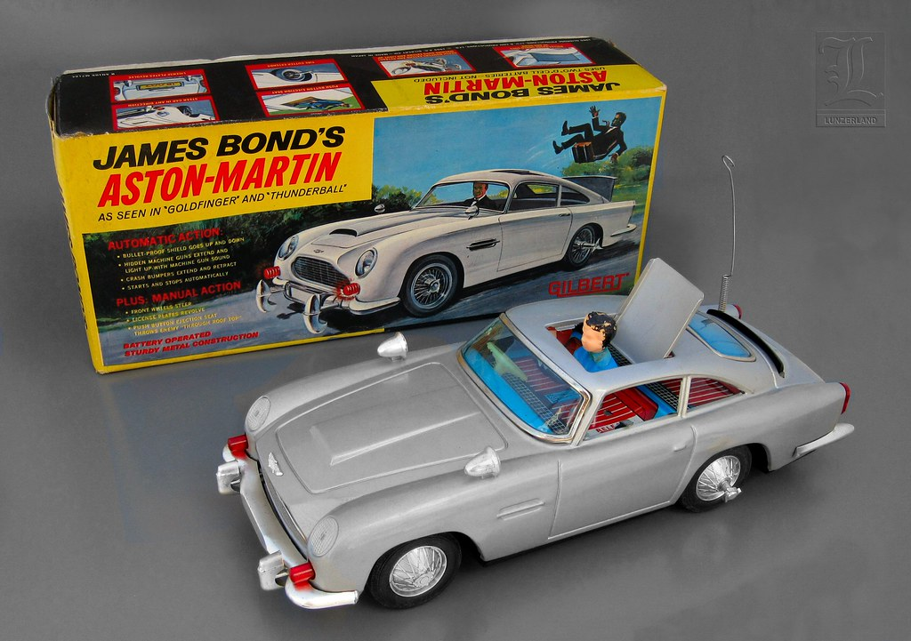 James Bond S Aston Martin Battery Operated Tin Toy Car Wit Flickr