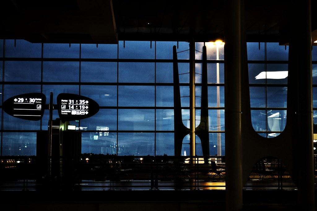 aéroport nuit