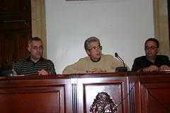 Iniciativa popular que solicita al Foro Ermua que no utilice el nombre de la Vila. En ella aparecen Carlos Totorika; Jose Luis Clemente Albiz y Felix Prol