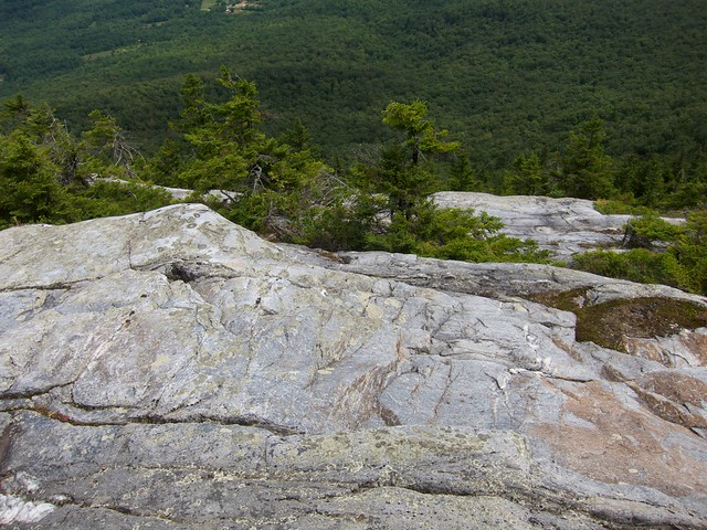 2:59:32 (61%): hiking newhampshire orford mtcube northpeaksidetrail