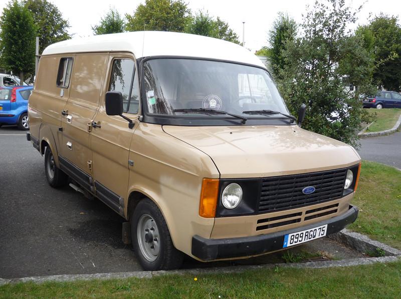 25da7406e2c364 ... Ford Transit Mk2 LWB camper