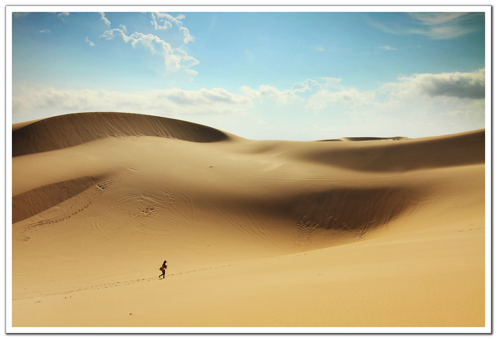 Lost in the Desert | From the sand dunes of Mui Ne, Vietnam ...