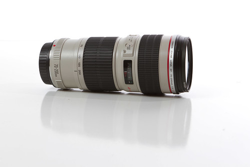 Canon EF 70-200mm f/4L (Side)
