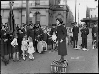 Salvation Army, Newtown, 15 March 1942, by Sam Hood