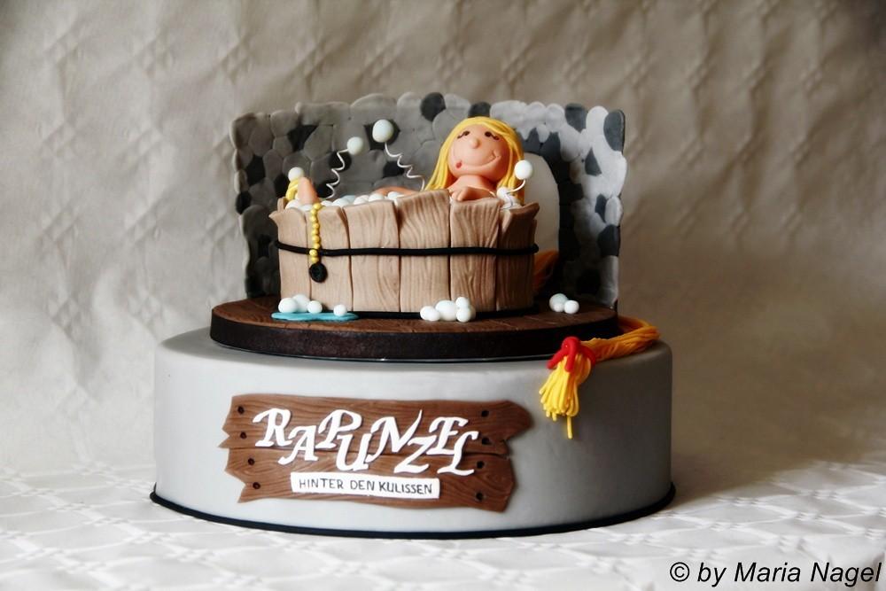 Rapunzel in der Badewanne (Rapunzel Cake) | Das Making-of de… | Flickr
